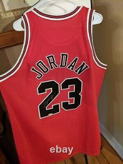 Beautiful Michael Jordan Bulls + Barons Autograph Signed Jersey Upper Deck UDA