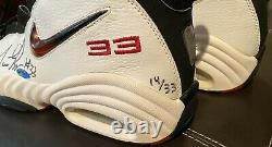 Chicago Bulls Scottie Pippen Signed Nike Game Shoes Limited Edition 14/33 UDA