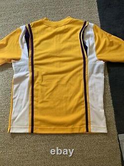 Kobe Bryant Signed Warm Up Jersey Shooting Shirt Upper Deck UDA