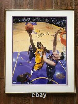 Kobe Bryant UDA 3x Championship Pen Cam Autograph 16x20 Upper Deck Lakers 3 Peat
