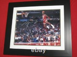 MICHAEL JORDAN Signed UDA 16x20 1988 Free Throw Dunk Photo Framed AUTOGRAPH AUTO