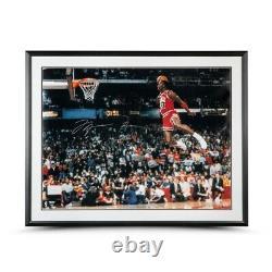 Michael Jordan Autographed 30X40 Framed Photo 1988 Gatorade Slam Dunk Bulls UDA