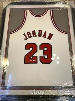 Michael Jordan Autographed Framed Jersey Chicago Bulls 1997-1998 Upper Deck UDA