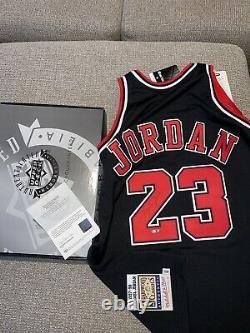 Michael Jordan Autographed M&N Chicago Bulls 97-98 Black NBA Jersey UDA COA
