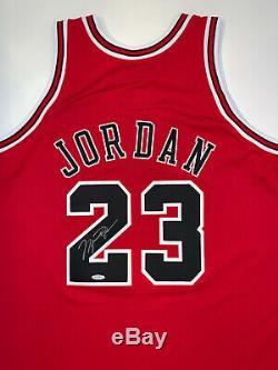 Michael Jordan Autographed Red Bulls M&N 1997-98 jersey signed Upper Deck UDA