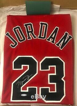 Michael Jordan Jersey Auto Bulls Red Signed UDA COA Nike Autographed GOAT
