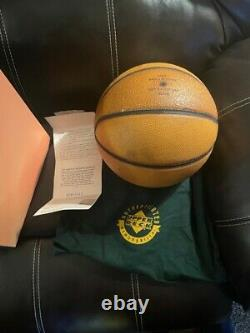 Michael Jordan LE #50 of 323 UDA COA Signed Autograph Auto Basketball Upper Deck