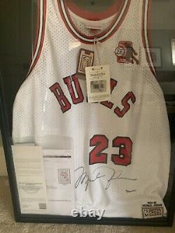 Michael Jordan Signed Bulls ROY Jersey 1984-1985 UDA #6/123
