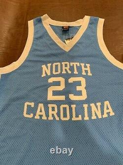 Michael Jordan Signed North Carolina Jersey Uda