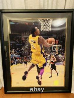 Photo autographed by Kobe Brayant UDA Company 16x20 Upper Deck #/108 Basketball