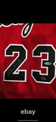 Rare Find UDA Michael Jordan Signed 1984/1985 Rookie Jersey MINT LE 1/50