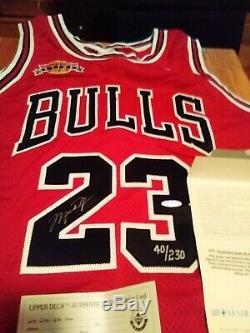 Signed UDA Michael Jordan Retires Patch Autograph Nike Jersey Upper Deck COA