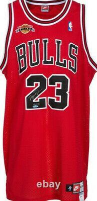 ULTRA RARE 1999 Michael Jordan Signed Chicago Bulls UDA Retirement Jersey