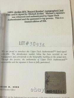 1996 Spx Disjoncteur D'enregistrement Michael Jordan Auto /250 Bgs 8.5 Autographe Uda