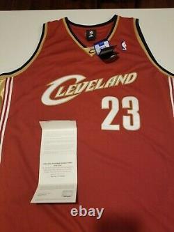 2008-09 Lebron James Autographié Maillot Uda Cleveland Cavaliers Coa