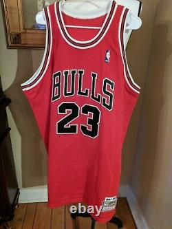 Belle Michael Jordan Bulls + Barons Autograph Signé Jersey Upper Deck Uda