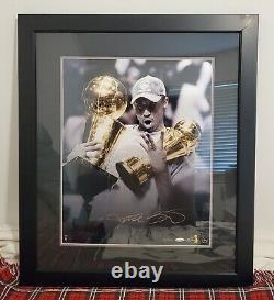 Kobe Bryant Autographié 16x20 Framed Trophy Photo Uda 2/124 Ultra Rare