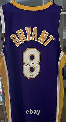 Kobe Bryant Autographié Authentic Lakers Jersey Deck Supérieur Authenticated Uda