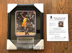 Kobe Bryant Signé 8x10 Photo Deck Supérieur Authentifié Uda Encadré Lakers Beckett