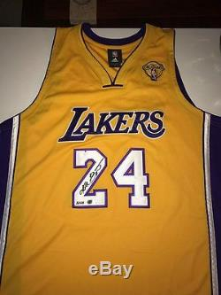Kobe Bryant Signé Championnat Jersey 24 Accueil Collection Uda & Panini! Le 124
