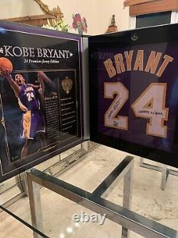 Kobe Bryant Uda Upperdeck Auto Signé Archives Limited Purple Jersey