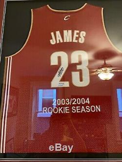 Lebron James 2003 Rookie Uda Maillot / 23 Autographe
