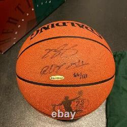 Lebron James 2004 Rookie De L'année Signé Basketball Avec Uda Upper Deck Coa