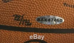 Lebron James Dwyane Wade Signé Basketball Officiel Nba 2 Auto Uda Holo Coa / 136