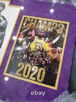 Lebron James Lakers Affiche Encadrée Signée Autographiée Uda