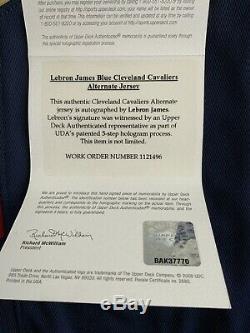 Lebron James Upper Deck Uda Autographié Autre Maillot Bleu Rare