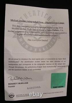 Michael Jordan A Dédicacé Signé Spalding Nba Cuir Modèle De Jeu De Basket-ball Uda