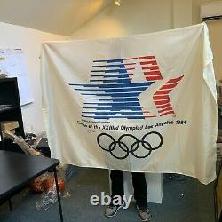 Michael Jordan A Signé 6 Pieds Drapeau Original Des Jeux Olympiques De 1984 USA Uda & Jsa Coa