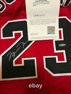 Michael Jordan A Signé Jersey Uda Rare