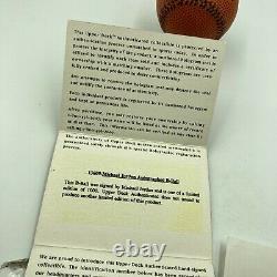 Michael Jordan A Signé Nike Basketball Style Baseball Uda Upper Deck Authentic