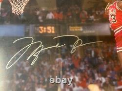 Michael Jordan Autograph Signé Bulls 16x20 Dunk Photo Encadré Uda Upper Deck
