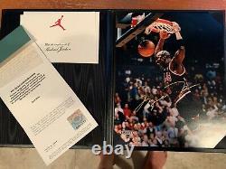 Michael Jordan Autograph Uda 8x10 Photo Avec Carte Et Certificat Dans Binder Rare