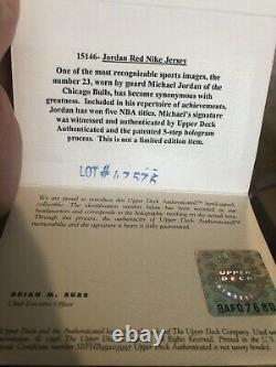 Michael Jordan Autographed Nike Authentic Pro Cut Uda Jersey Encadré