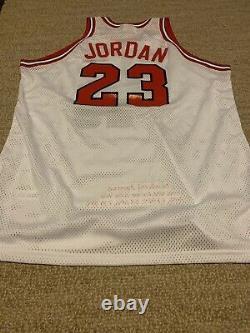 Michael Jordan Autographié Blanc M & N Rookie'84 Maillot Signé Upper Deck Uda Le