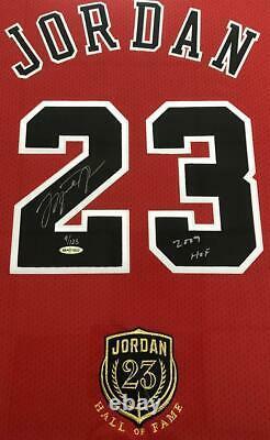 Michael Jordan Autographié Bulls 2009 Hof Authentic Red Jersey Uda Le 9/123