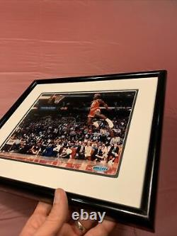 Michael Jordan Autographié Gatorade Slam Dunk 8x10 Upper Deck Coa Uda (encadré)