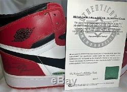 Michael Jordan Double Signé Autographié Air Jordan 1 Taille De Chaussures 13 Uda Et Jsa