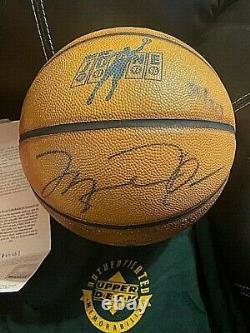 Michael Jordan Le #50 De 323 Uda Coa Signé Autograph Auto Basketball Upper Deck