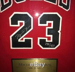 Michael Jordan Nba 50 Gold Logo Mr Juin Upperdeck Auto Jersey Bulls Uda Signé