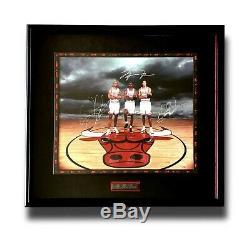 Michael Jordan Pippen Rodman Triple Signé Bulls Photo Encadrée Coa Uda # D / 720