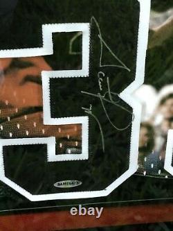 Michael Jordan Scottie Pippen Signé 40x22 Framed Jersey Numéros Bulls #/72 Uda