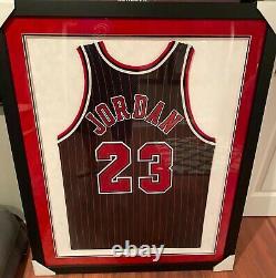 Michael Jordan Signé Et Encadré Uda Team Champion Cut Pro 96-97 Jersey Rare