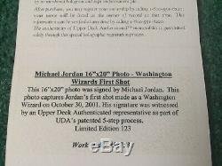 Michael Jordan Signé Uda 16x20 Encadrée Limitée # 53/123 First Shot As A Wizard