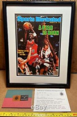 Michael Jordan Uda A Dédicacé Sports Illustrated Une Étoile Est Née Encadrée Couverture