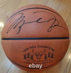 Michael Jordan Uda Autographié 1998 Nba Champions Limited Edition Spalding