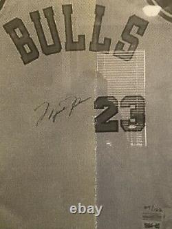 Michael Jordan Uda Signé Auto 1984 Chicago Bulls Retro Jersey Rare